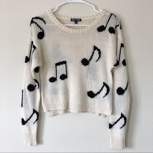 Hot Topic Cream Music Notes Cropped Sweater